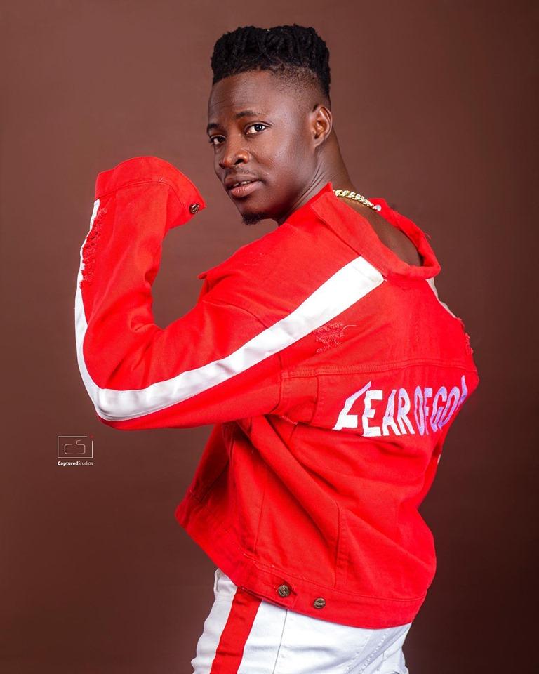 DOWNLOAD MP3 : Fancy Gadam – LangaLanga ft. Mr Eazi