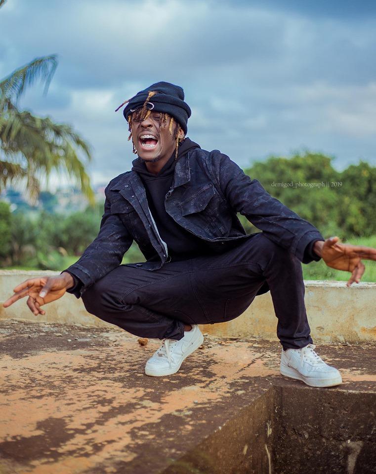 Kofi Mole – Me Ne Woa