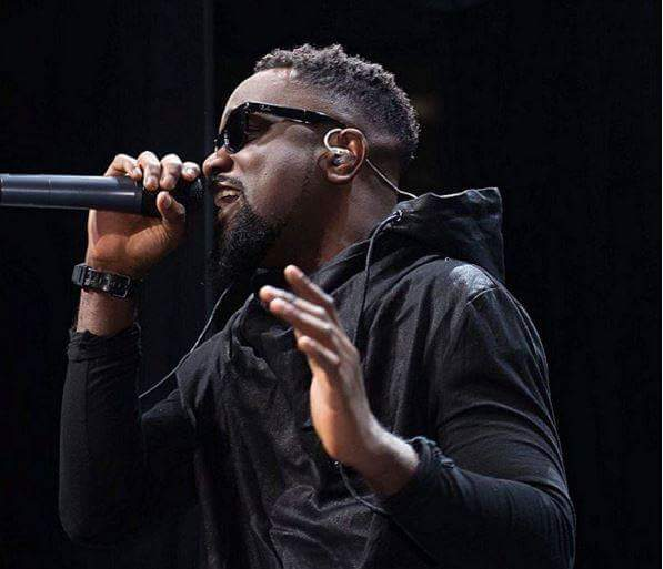 DOWNLOAD MP3 : Sarkodie Ft Mugeez – Regular