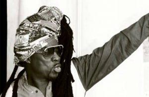 Kojo Antwi - Sika Dam ft Okomfour Kwadee